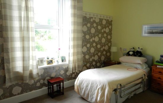 Anfield Manor bedroom